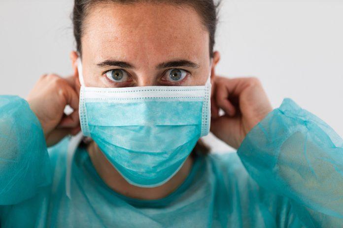 Covid-19 : le lourd tribu des professionnels de santé