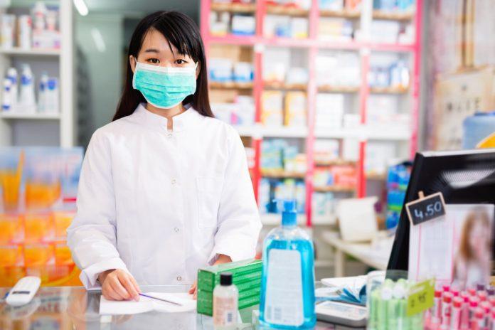 covid-19-la-vaccination-autorisee-en-pharmacie