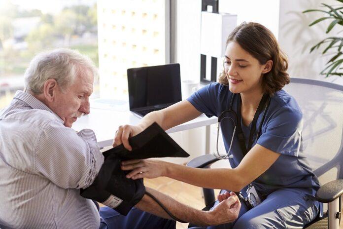 Hypertension artérielle : personnes âgées