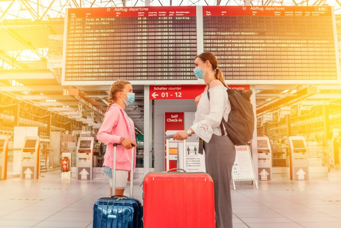 Vacances : les tests PCR réalisés à l'étranger ne sont pas remboursés
