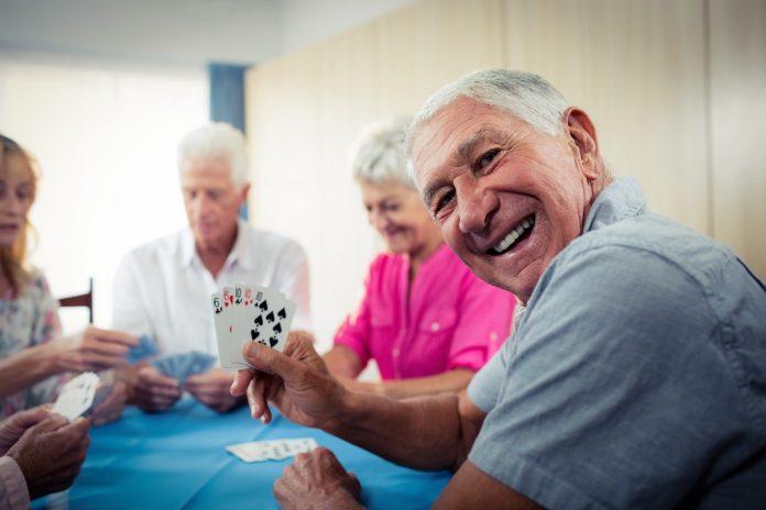 Maladie d'Alzheimer : le sport cérébral efficace