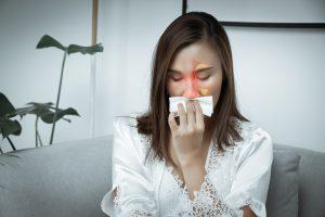 traitement sinusite : femme