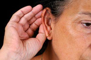 Presbyacousie : femme