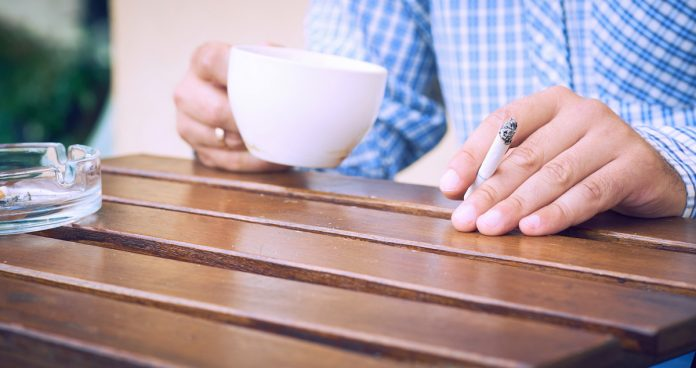 Covid-19 : les fumeurs ont 80% plus de risques d'être admis à l'hôpital