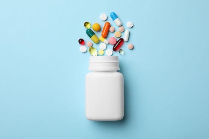 Microbiote : quels médicaments modifient la flore intestinale ?